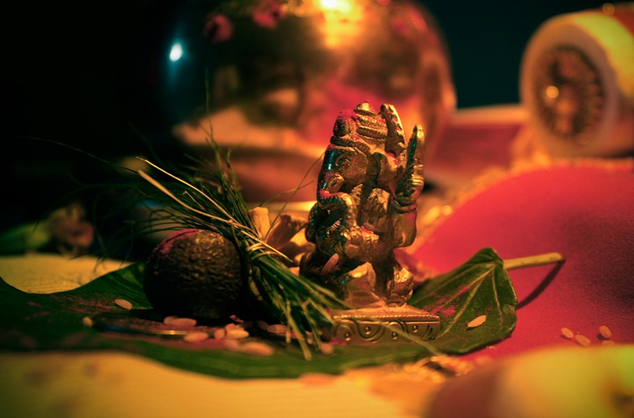 Image result for lord ganesha with durva
